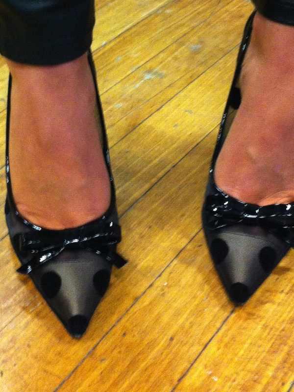 IFB CON dots shoes