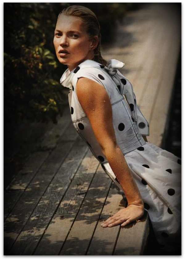Kate-Moss-Vogue-Polka Dots