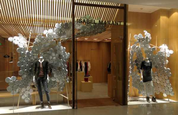 aluminum plates for isabel marant by Arnold Goron in BEIJING  all images courtesy of arnold goron