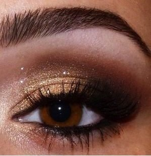 eyeliner and smokey eyes, brown and gold