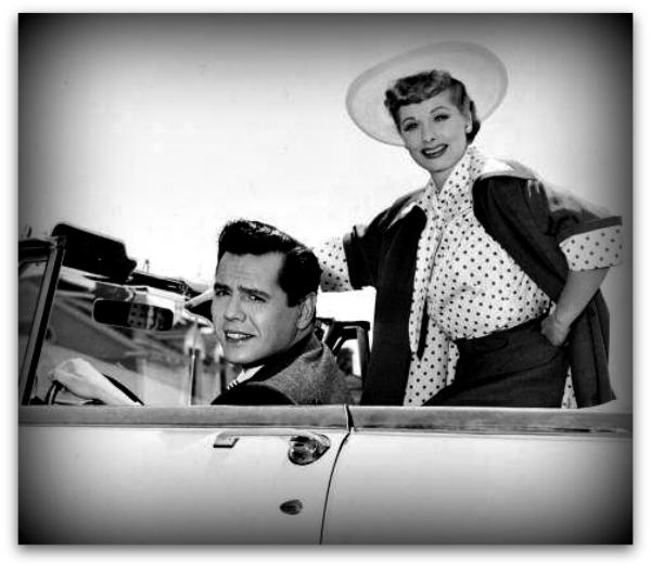 lucille-ball-in-polka-dot-blouse 1954