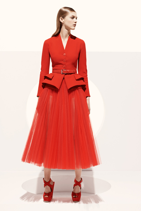 Bill Gaytten presents his final collection for Christian Dior before Raf Simons makes his debut at the fashion house with the upcoming Haute Couture collection.