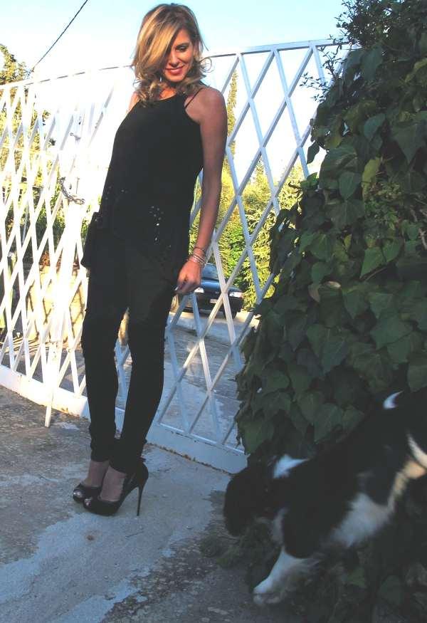 Trendsurvivor Nina fashion and style blogger and Oliver (Dog)