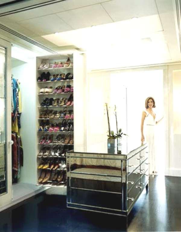 Heather Kerner dressing room