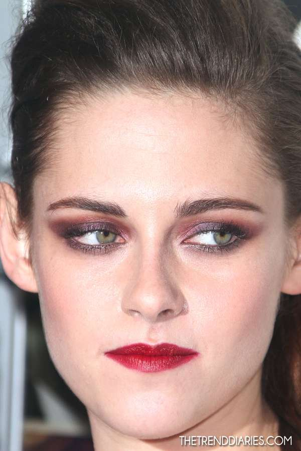 Kristen Stewart dark red lips