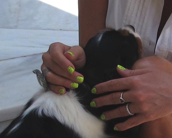 nail art yellow