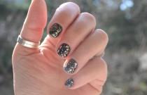 Nail Art- Mirror Show Stopping Glitter Nail Polish