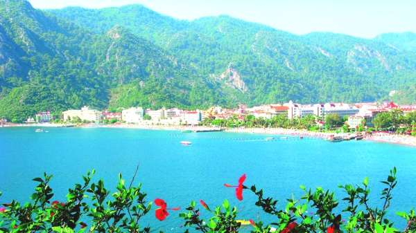 Fashion, Travel, and Marmaris