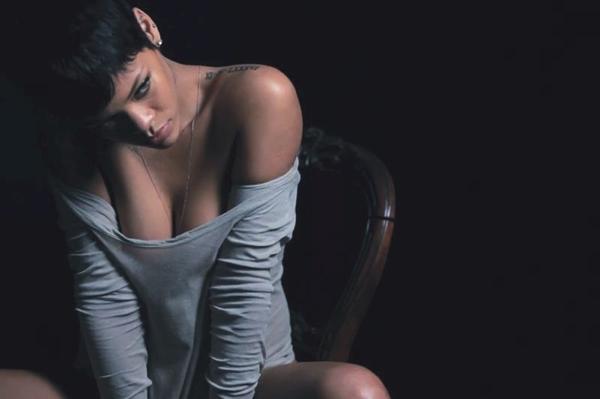 Rihanna Tattoo soulder