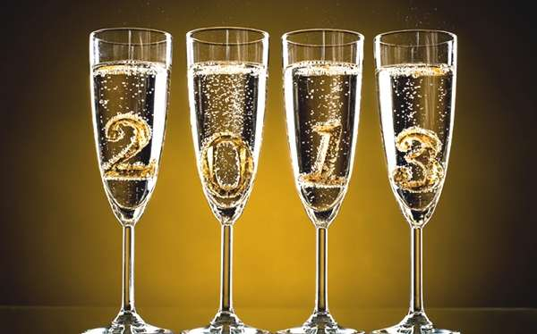 Happy-New-Year-Champagne glasses