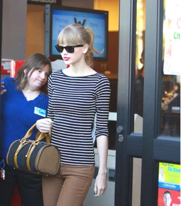 Taylor Swift Street Style- Stripped top