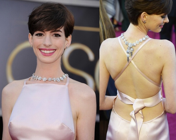 Ann Hathaway's amazing  Tiffany & Co. necklace