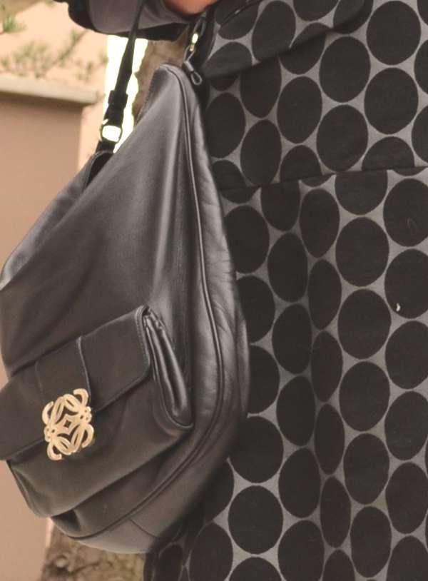 Outfit- Mixing Grey Prints Loewe bag