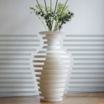 Schizo Vase by Guido Ooms & Karin van Lieshout