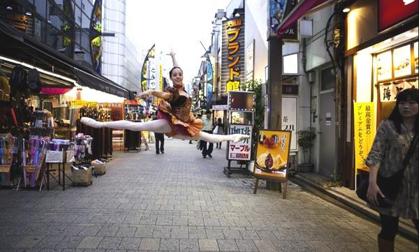 Lisa Tomasetti- Dance Athletic Chic-0009