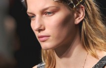 7 Top Model's ways to wear Headbands