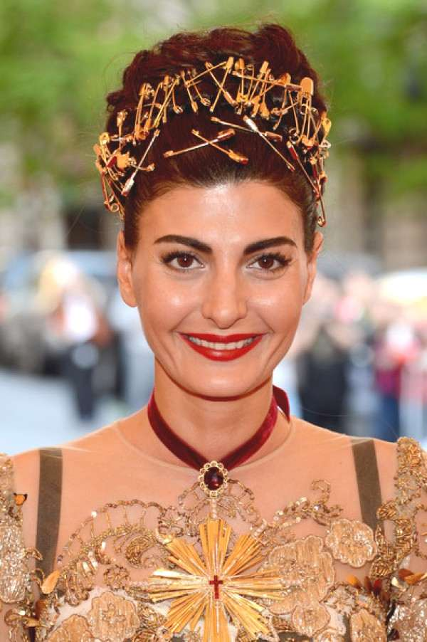 Giovanna Battaglia Safety Pins hair style and statement necklace