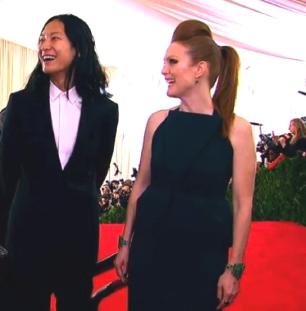 Julianne Moore wore a cool punk inspired hairstyle with Alexander Wang