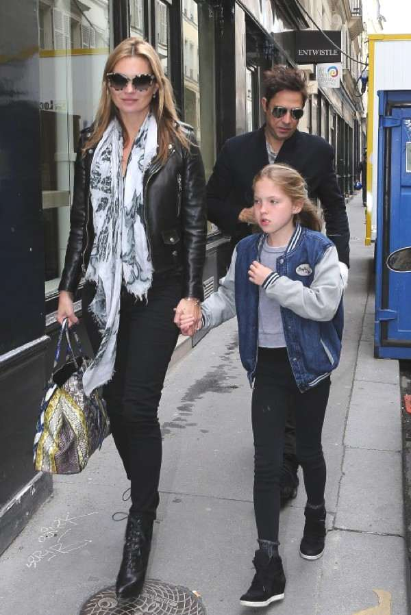 Kate Moss with her daughter wearing long scarf