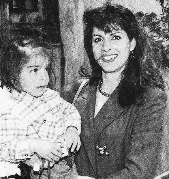 Niki Svolou with her mother Nina Papaioannou