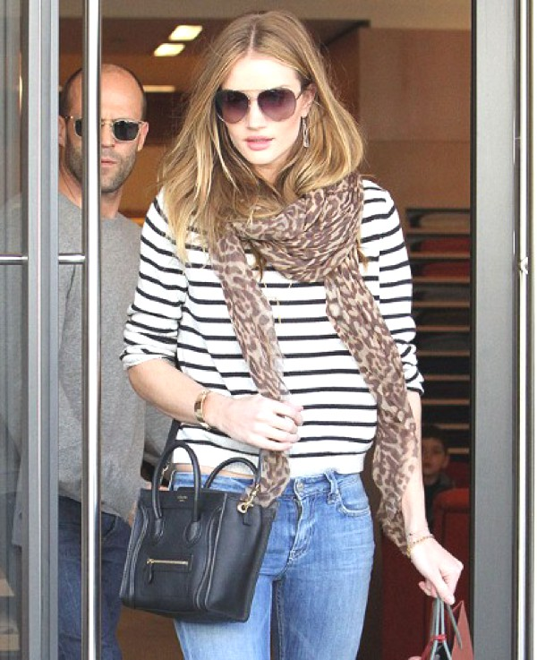 Rosie Huntington-Whiteley scarf