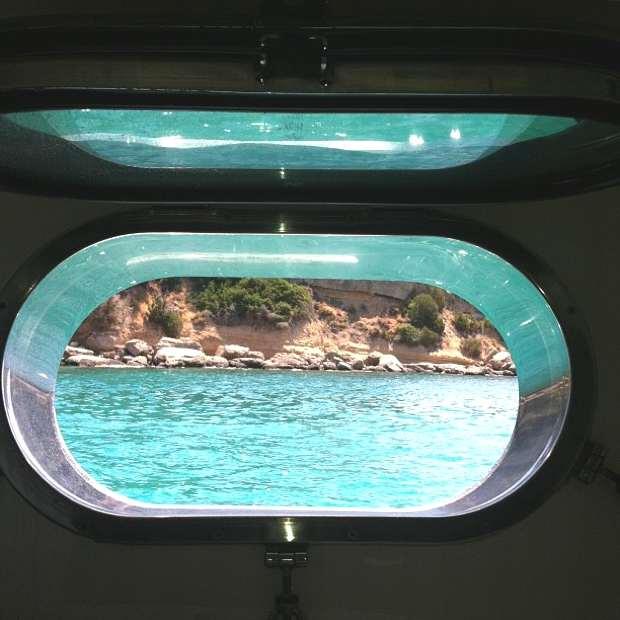 Trendsurvivor beach yacht