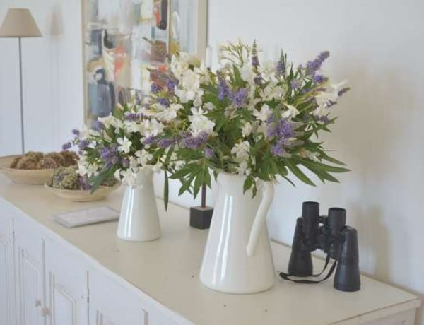 DIY- Easy Casual- Chic Vase Flower Arrangement-0000