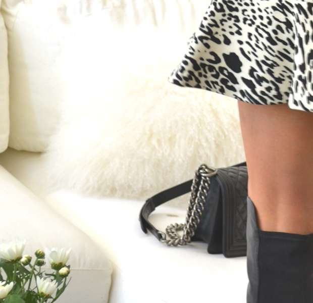TrendSurvivor- Raffle mini skirt and over the knee boots02