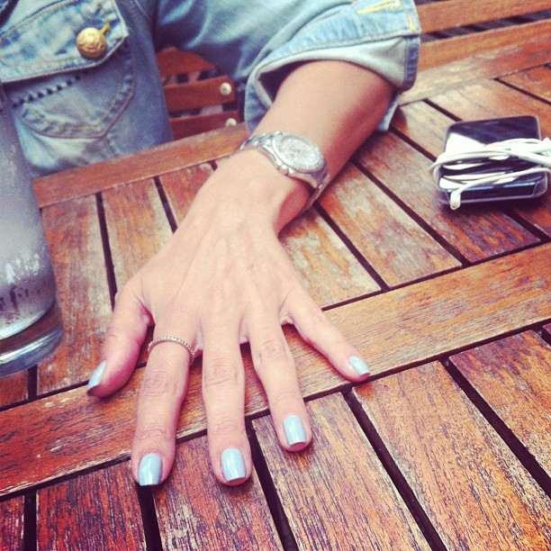 Elli Patera hands
