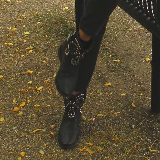 Trendsurvivor- Isabel Marant hidden heel boots