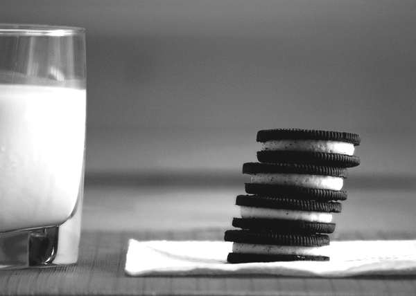 black and white bisquits