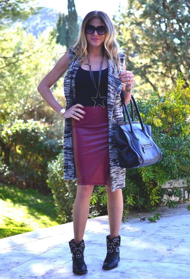 Georgina Kostara-Trend Survivor Vest ruby red Skirt02