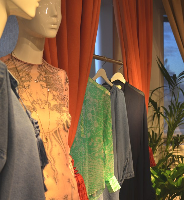 Hippie Chic SS 2014- Inside the H and M showroom04