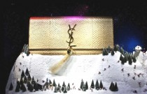 Christmas Windows from New York, Milan, London, Barcelona, Paris and Los Angeles (Video)