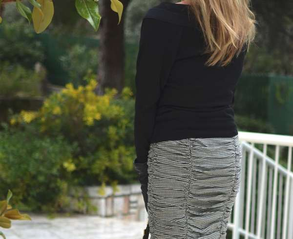 Tartan black and white pencil skirt