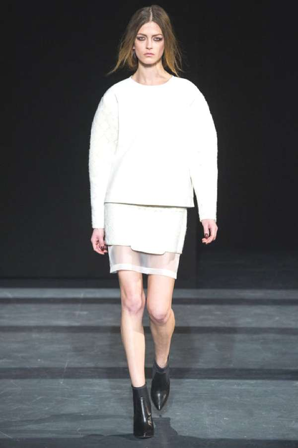 Tibi ensemble 2013-14 Winter white