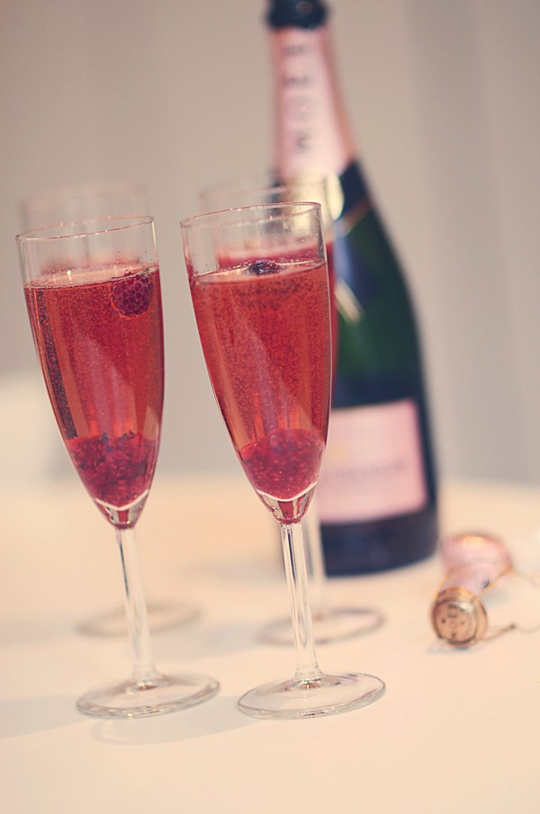 pink champagne Moet