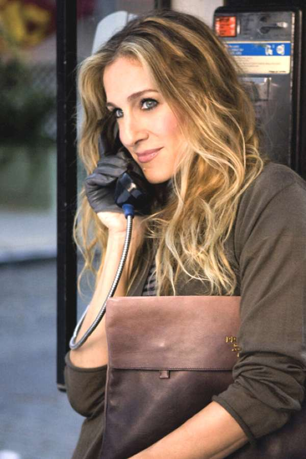 Carrie_Bradshaw hair and makeup