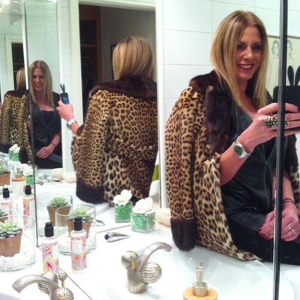 14 Best February Instagram Pictures- Leopard coat
