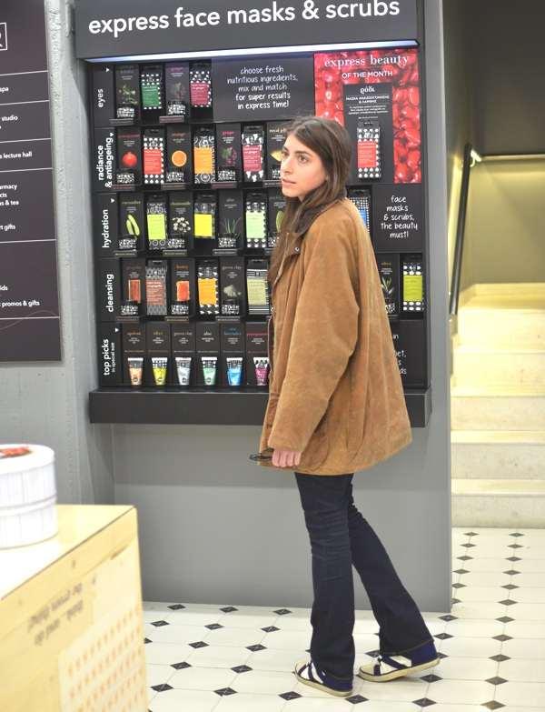 Niki Apivita concept store