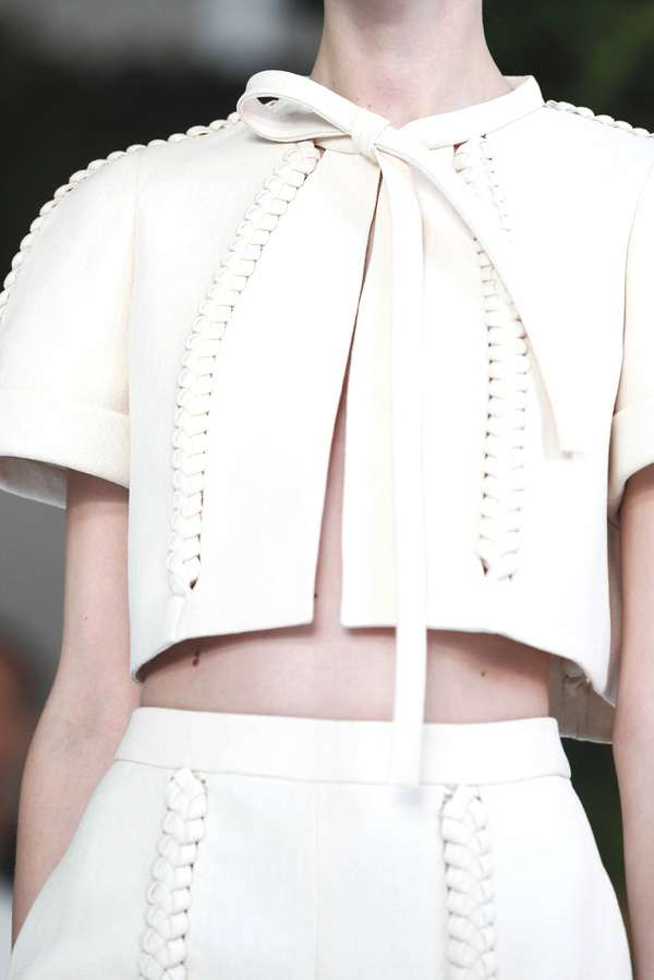 Spring Summer 2014 collection Delposo white close up