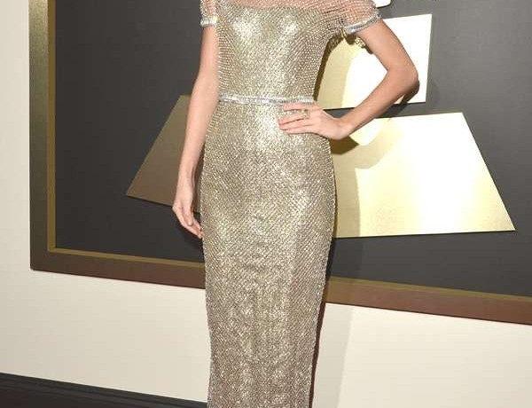 Taylor-Swift-Grammys-2014 Gucci dress