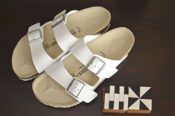 Trendsurvivor- white birkenstock arizona ugly shoes