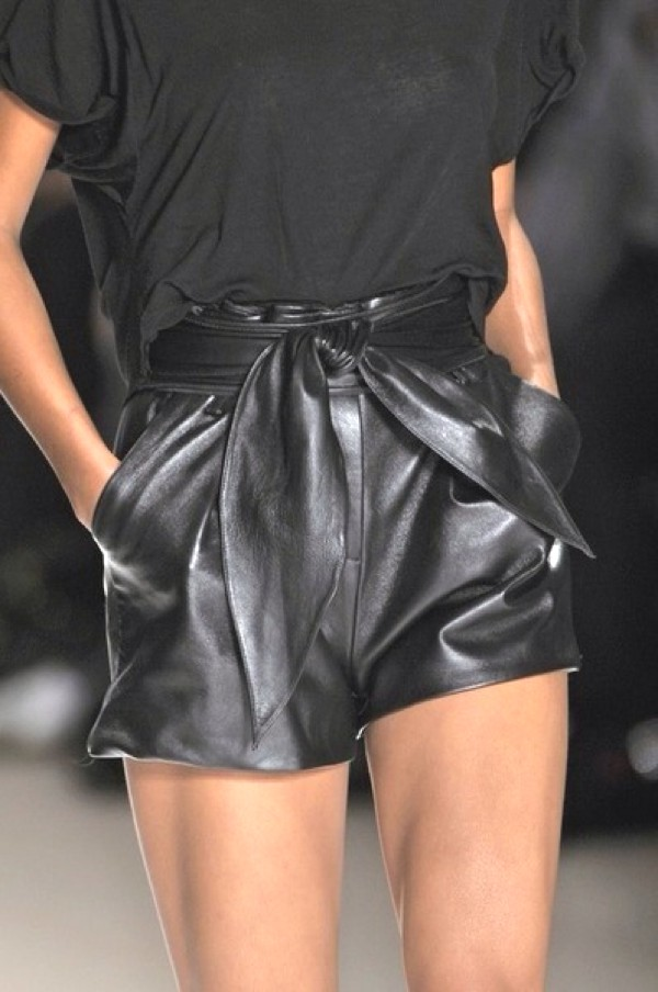 leather shorts black t-shirt