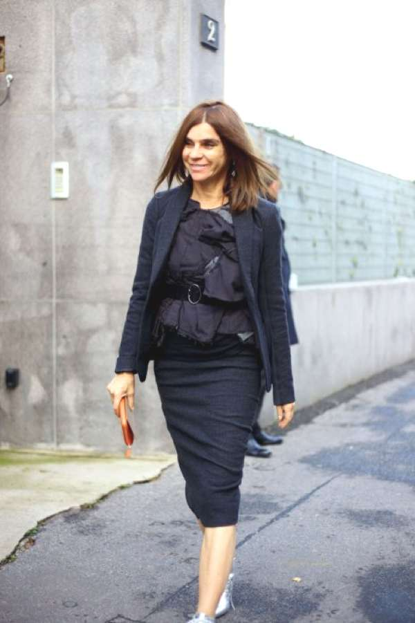Carine Roitfeld outside of Bottega Ven-milan-fashion-week-street-style-photos.sw.18.milan-street-style-fw14
