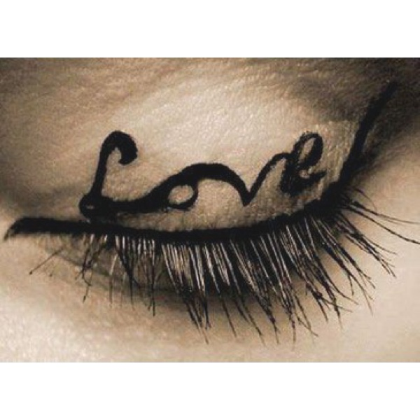 eyeliner love eye