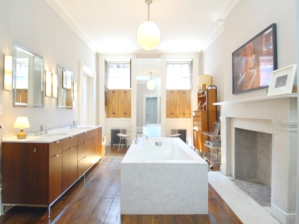 West Village townhouse bathroom Julianne Moore