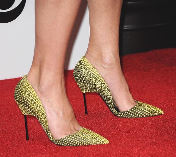 Sandra Bullock pumps