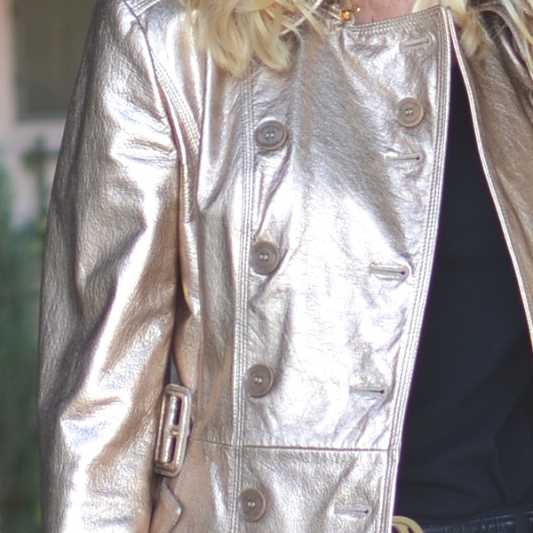 leather gold Burberry trench street style00
