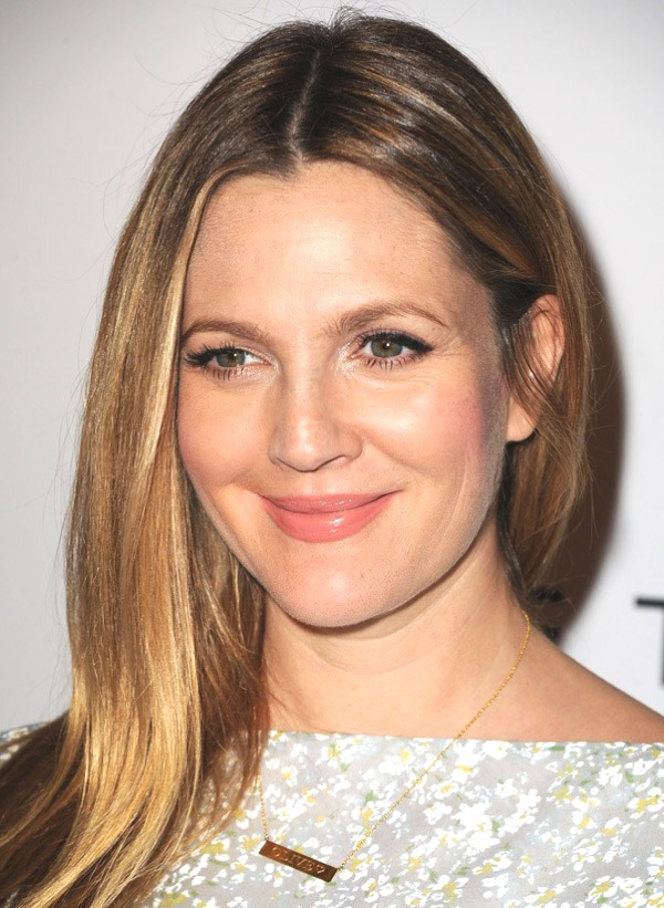 Drew Barrymore identity necklace